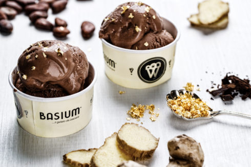 Basium